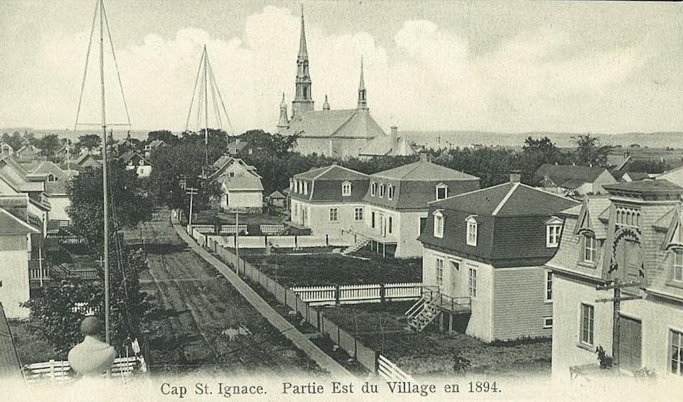 Canada – Un voyage de Québec vers la Gaspésie a travers les paroisses au 19 eme siècle Cap-saint-ignace-1894