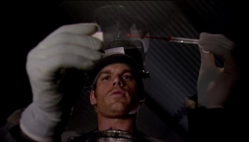 Dexter > Saison 1 > Episode 01 S01e01_photos03