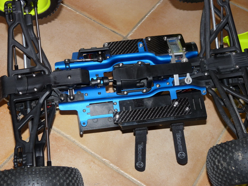 b-revo chassis alu et b-revo chassis carbone - Page 6 P1000173_resize