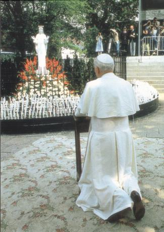 LES FAITS DE BEAURAING (APPARITIONS DE MARIE) Apparitions_beauraing2