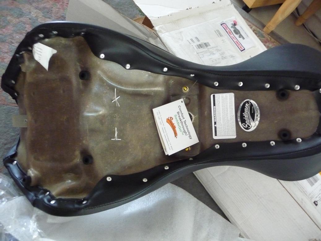 900 VN - selle sur vn900 CUSTOM P1050474-rec
