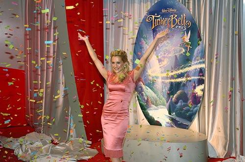 La Fée Clochette [DisneyToon - 2008] - Page 22 Brittany-confetti