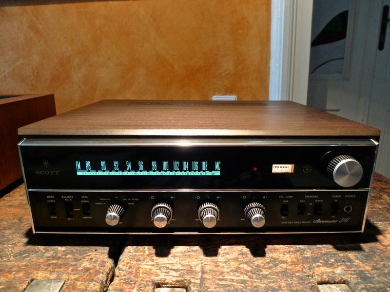 Technics SA 700 C527C3CC-791F-4E6E-BD91-C27A566462DA