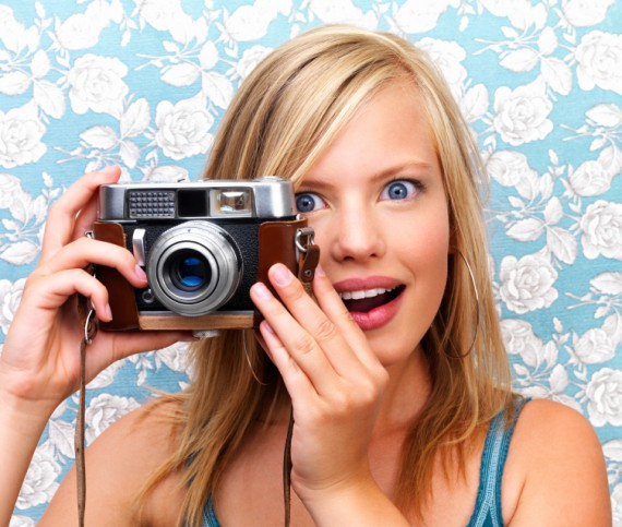 Kamera Camera-smile-picture-1000-words-570x483
