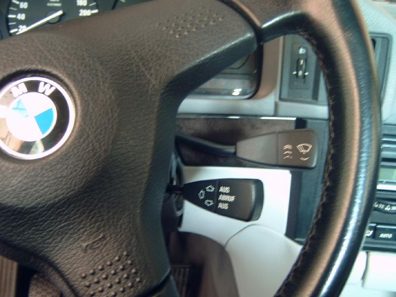 [BMW 525 tds E34] Montage du Tempomat 11