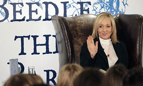 J.K. Rowling: the hands & handprints of the UK author! (Harry Potter) Parlthalldcheskina460