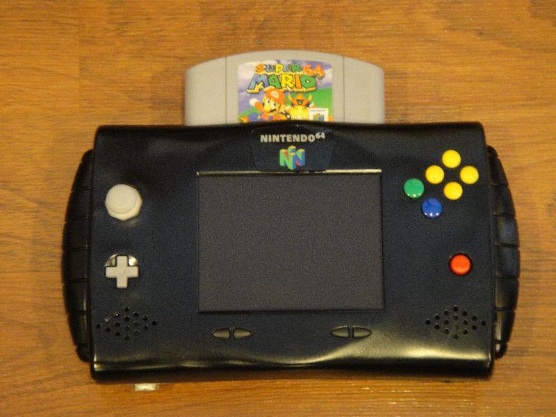 """Quand nos consoles retro se la jouent """"portable"""" KC15"""
