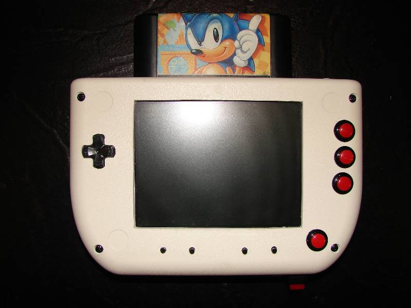 "Quand nos consoles retro se la jouent ""portable"" Genimini1"