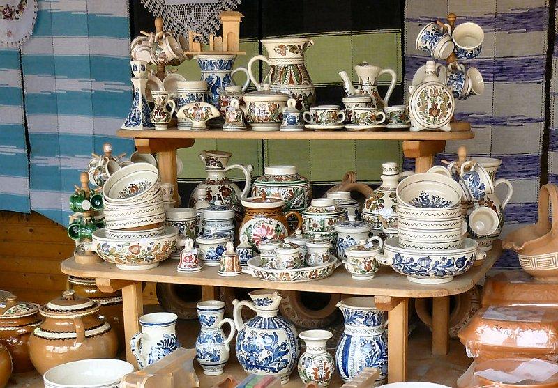 Recherche d'artisanat roumain B_pottery