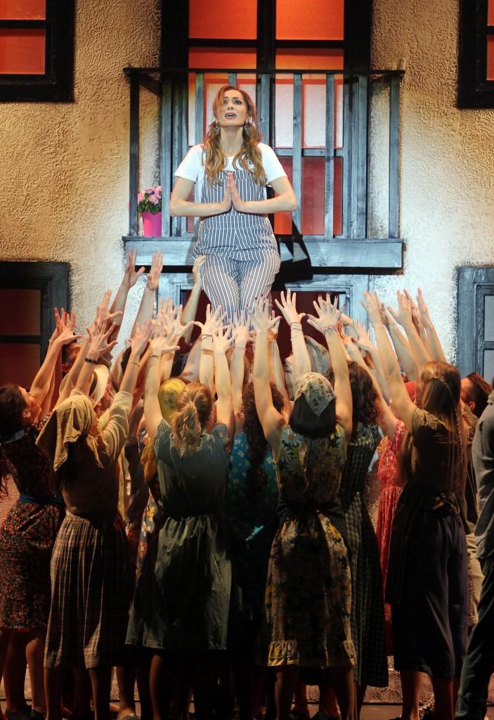 Mamma Mia: Συζήτηση και εντυπώσεις - Σελίδα 4 5411_DESPINA_VANDI_8122016-703x1024