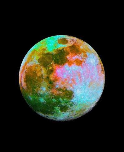 Unexplained Lunar Mysteries That Will Blow Your Mind L_7e1c8ec0-7918-11e1-bcec-93ec68200003