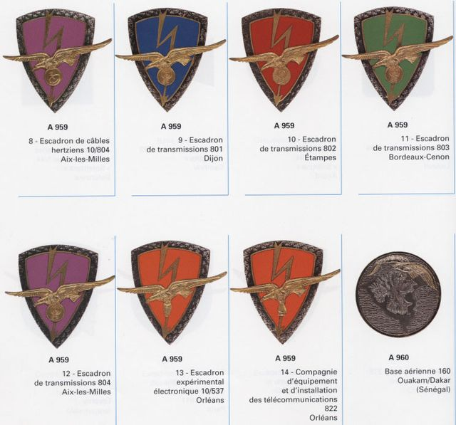 Les Insignes de l' Armée de l'Air - Page 2 Insigtrans2