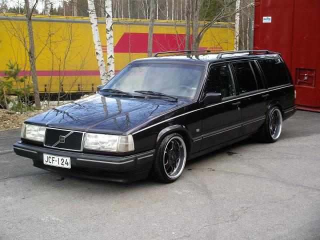 Volvo 945 _smaller