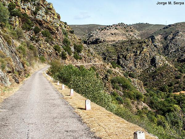 Estrada do Candedo / Penedo Durao I-HC6cFRL-M