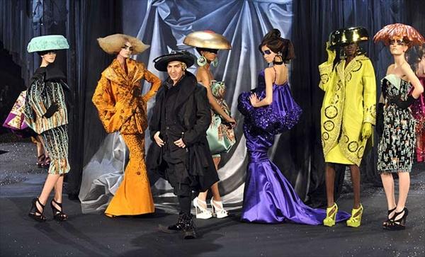 1000Voci Fashion - Pagina 2 John_galliano_dior_paris_fashion_week