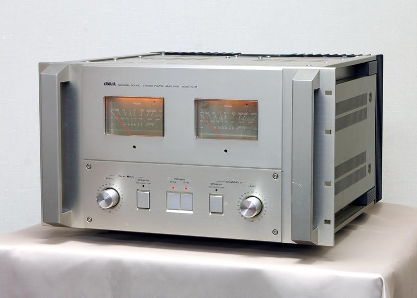 La electrónica de James Murphy (Lcd soundsystem) y 2manydjs llevada a la pista con Mchintosh B1