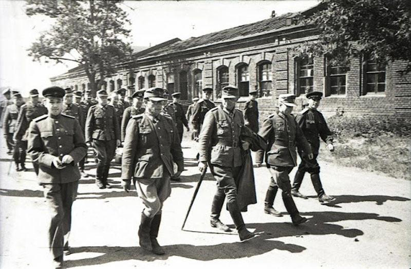 Fotografías de la Segunda Guerra Mundial y su historia 94B