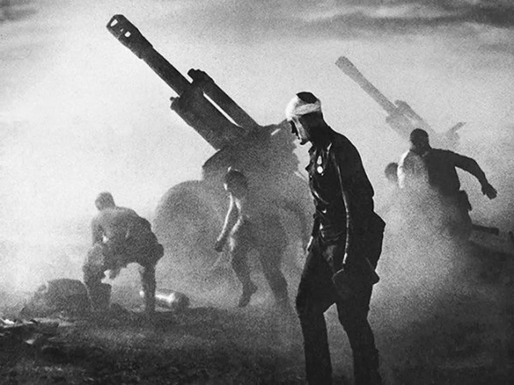 Fotografías de la Segunda Guerra Mundial y su historia 25E
