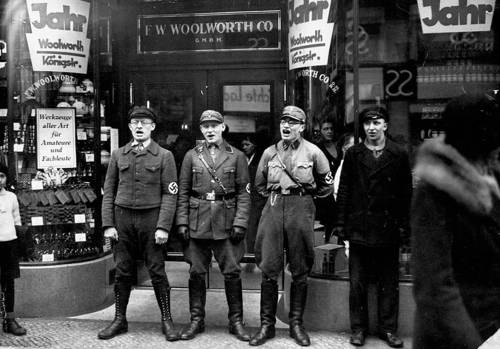 Fotografías de la Segunda Guerra Mundial y su historia BDD