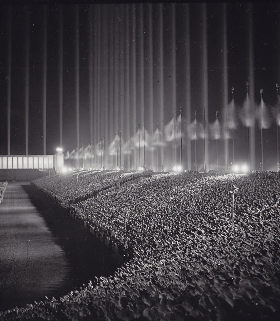 Fotografías de la Segunda Guerra Mundial y su historia 9F0