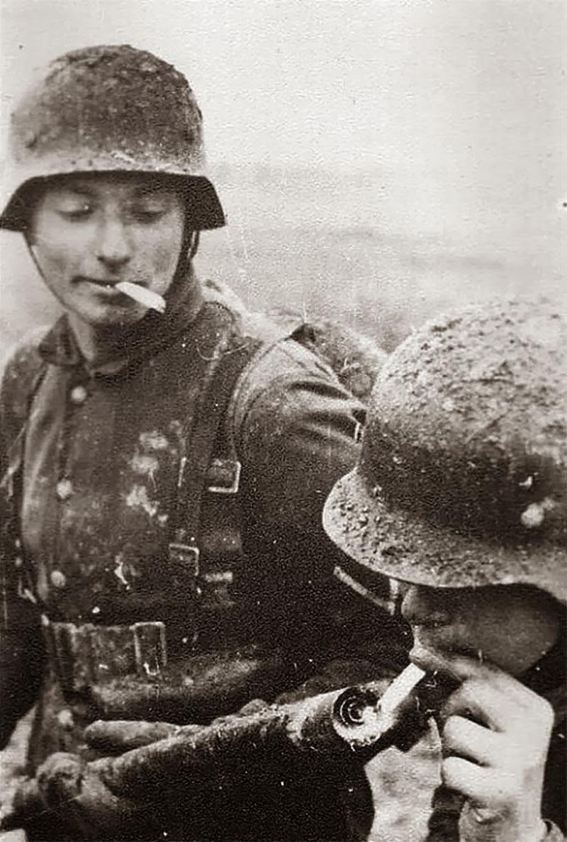 Fotografías de la Segunda Guerra Mundial y su historia 9D8