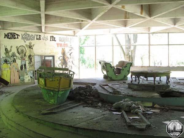 Parques de atracciones abandonados A64