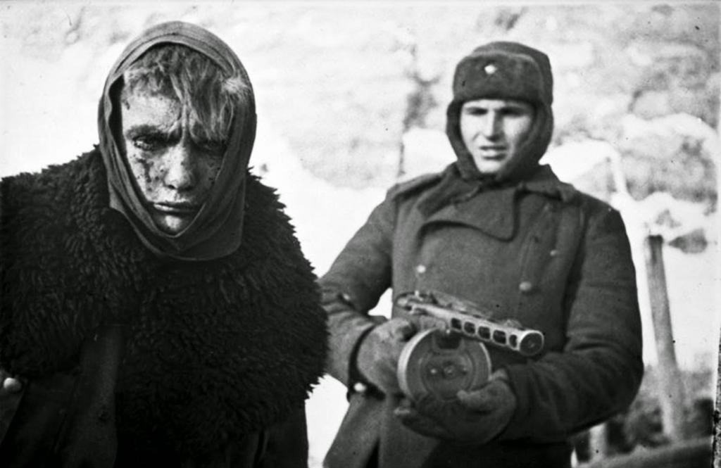 Fotografías de la Segunda Guerra Mundial y su historia 8C2