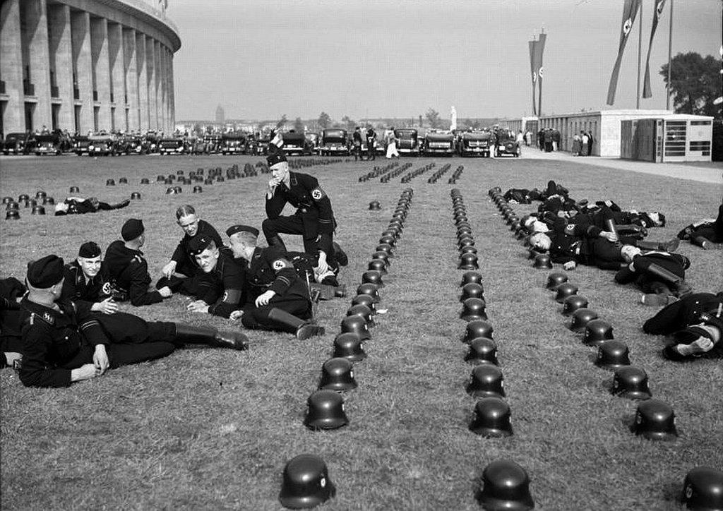 Fotografías de la Segunda Guerra Mundial y su historia ED9