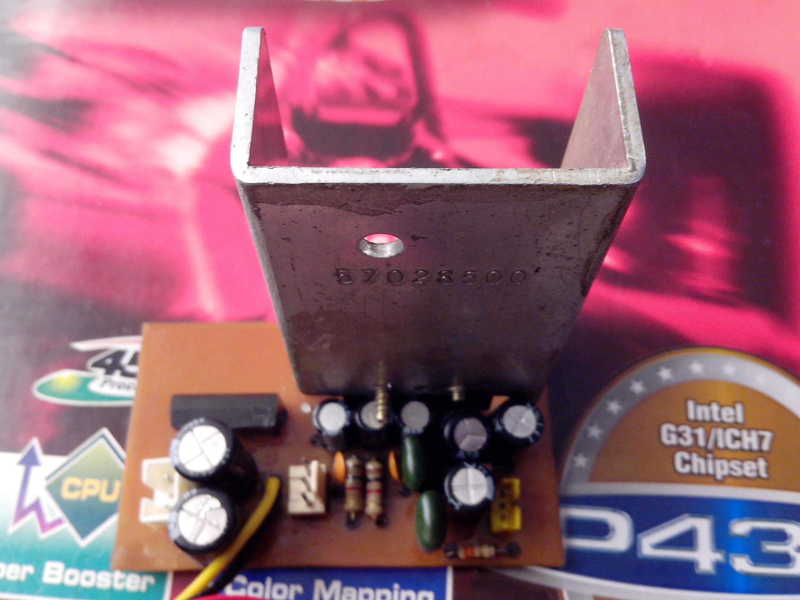 Amplificador con el CI LA4260 5B5