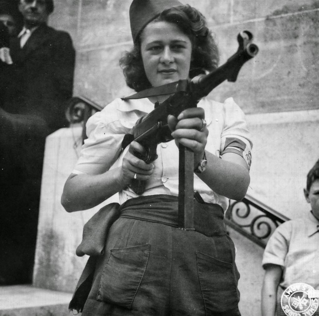 Fotografías de la Segunda Guerra Mundial y su historia 4D3