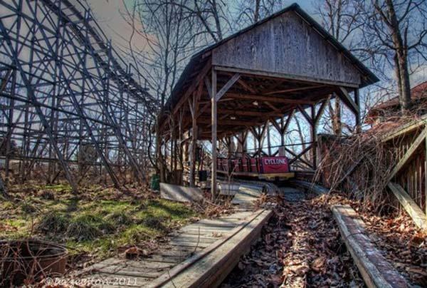 Parques de atracciones abandonados 2A8