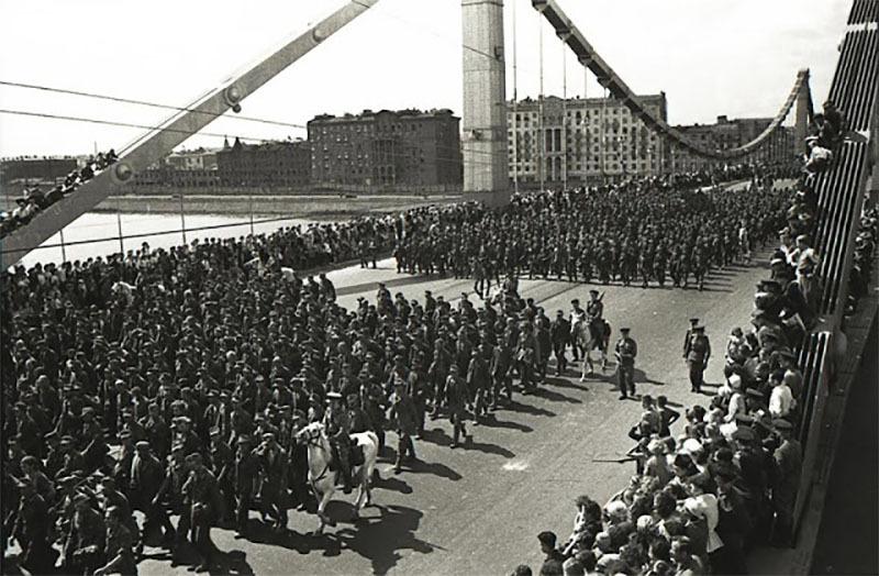 Fotografías de la Segunda Guerra Mundial y su historia F1B