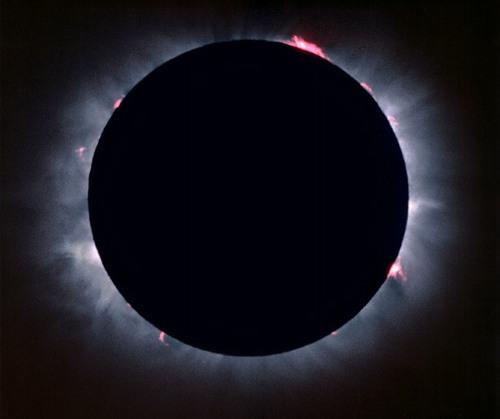 كسوف الشمس وخسوف القمر... آيات وأسرار Eclipse_007
