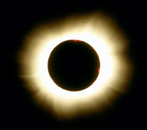 كسوف الشمس وخسوف القمر... آيات وأسرار Kosof-2