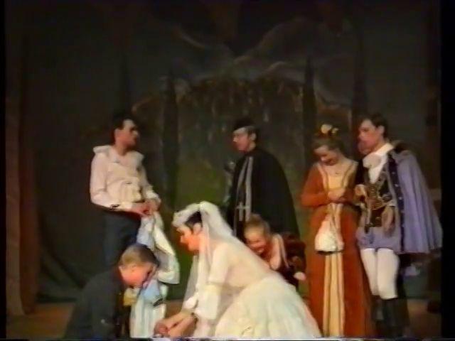«Двенадцатая ночь» по пьесе У.Шекспира - выпуск СГбГАТИ, 6 мая 1990 г (видео, скрины) 6f871