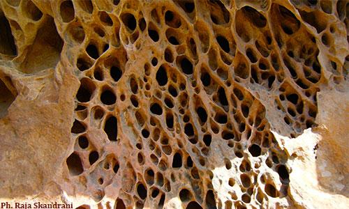 Cap Bon : Un piton rocheux appelé Bec de l'Aigle Piton-rocheux-Korbous-2