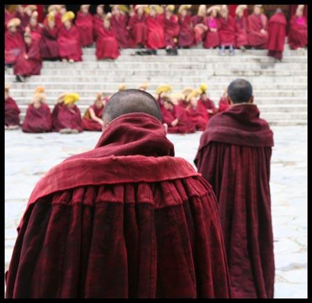 Marche du Dalaï Lama/Lhassa s'enflamme, Pékin l'étouffe - Page 16 Xiahe-labrang-230bis