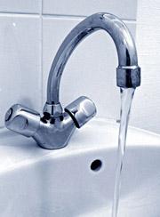 Entretien des bassins. Eau-robinet-04