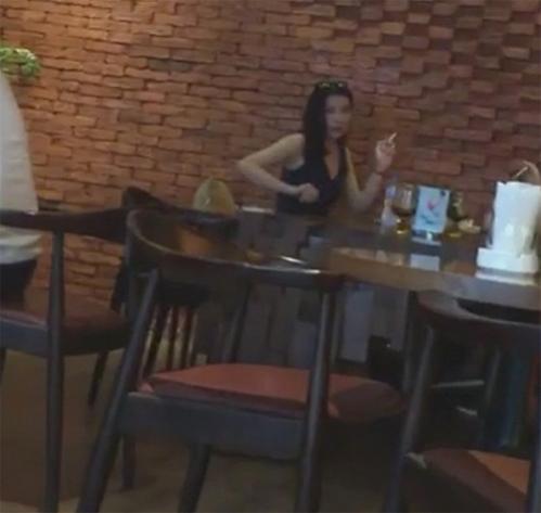 """Kỳ Duyên - Nàng hoa hậu """"đen đủi"""" nhất showbiz Việt Ky-duyen-9-1556-1468315001128-1472037151231"""