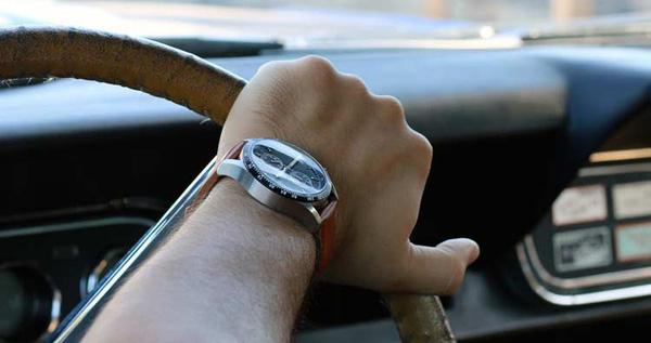 Đồng hồ lịch lãm cho dân đua xe 2-1449691636983