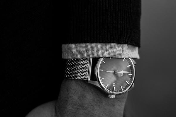 Đồng hồ Thuỵ Điển tôn vinh vẻ đẹp đàn ông Photo-1-1455508771708