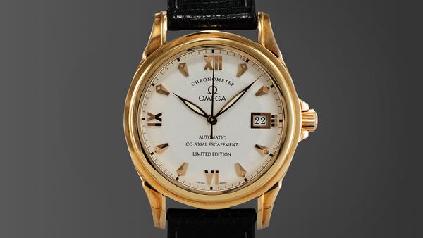 Những chiếc đồng hồ tạo lên lịch sự 150705dh09-9c9af