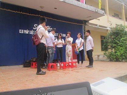 CLE Khoa Luật tuyên truyền pháp luật tại trường THCS Hưng Chính CLB%20CLE%203