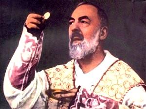 Neuvaine du Padre Pio Padro-pio-host