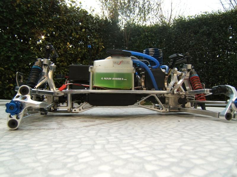 UE / dace prédator: 2 type de chassis!!!!!!!!!!! DSCF4902small