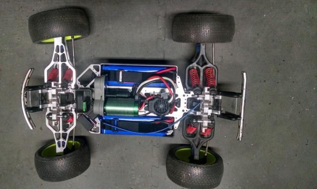 [News] Chassis RCMonster Vmaxx Vmaxx%20top