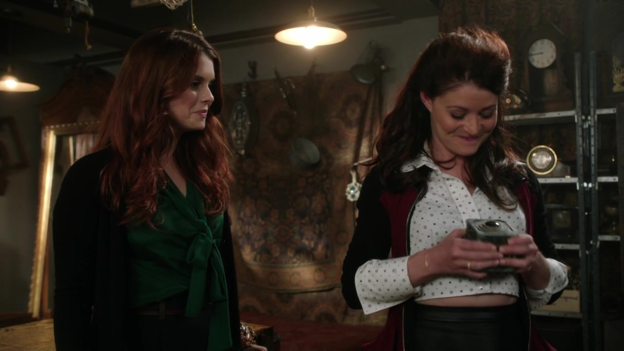 Réactions et discussions - Page 2 Once_Upon_a_Time_S03E07_720pKISSTHEMGOODBYE_1367