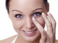 خلطات طبيعية لعلاج تجاعيد تحت العين 160309083051117