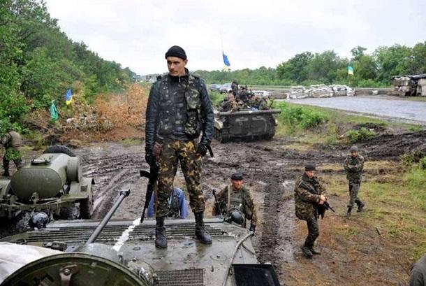 Ucrania destituye al presidente Yanukovich. Rusia anexa la Peninsula de Crimea, separatistas armados atacan en el Este. 1467347