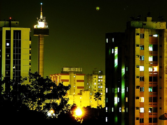 Enfes Gece Fotoğrafları 1167405336_cities_at_night_005